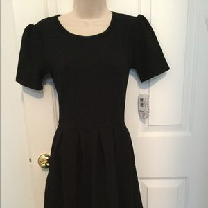 New LuLaRoe Black Amelia dress-S